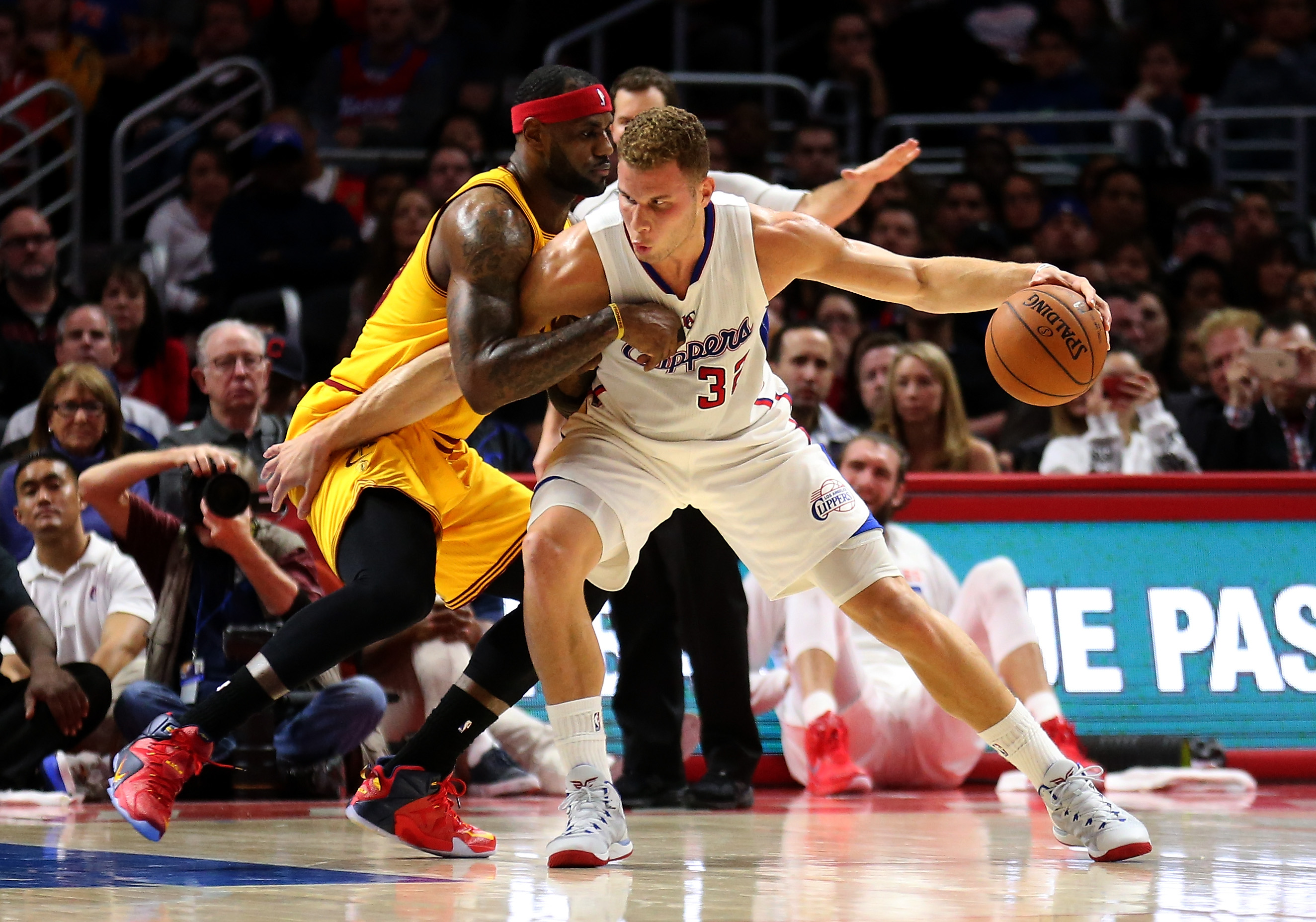 Lebron James de Cleveland Cavaliers contra Blake Griffin de Los Angeles Clippers