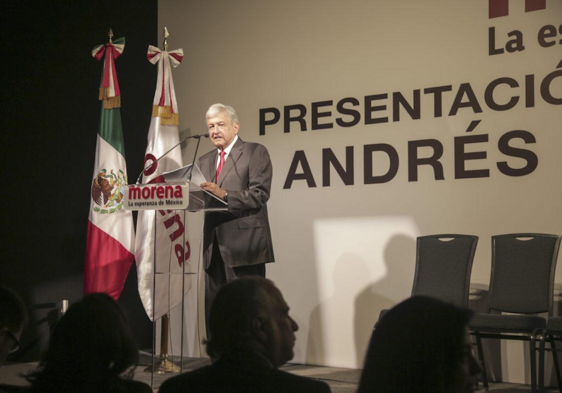 Andrés Manuel López Obrador presenta su posible gabinete en caso de ganar las elecciones