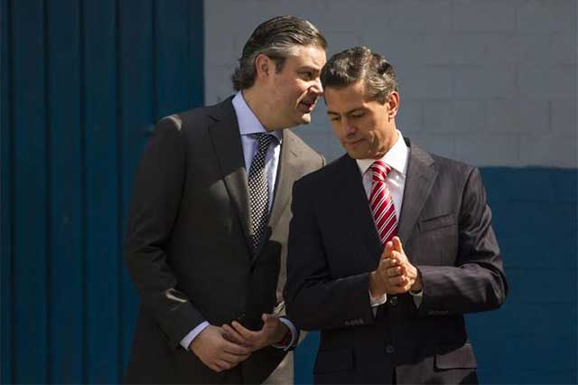 Aurelio Nuño y Enrique Peña Nieto