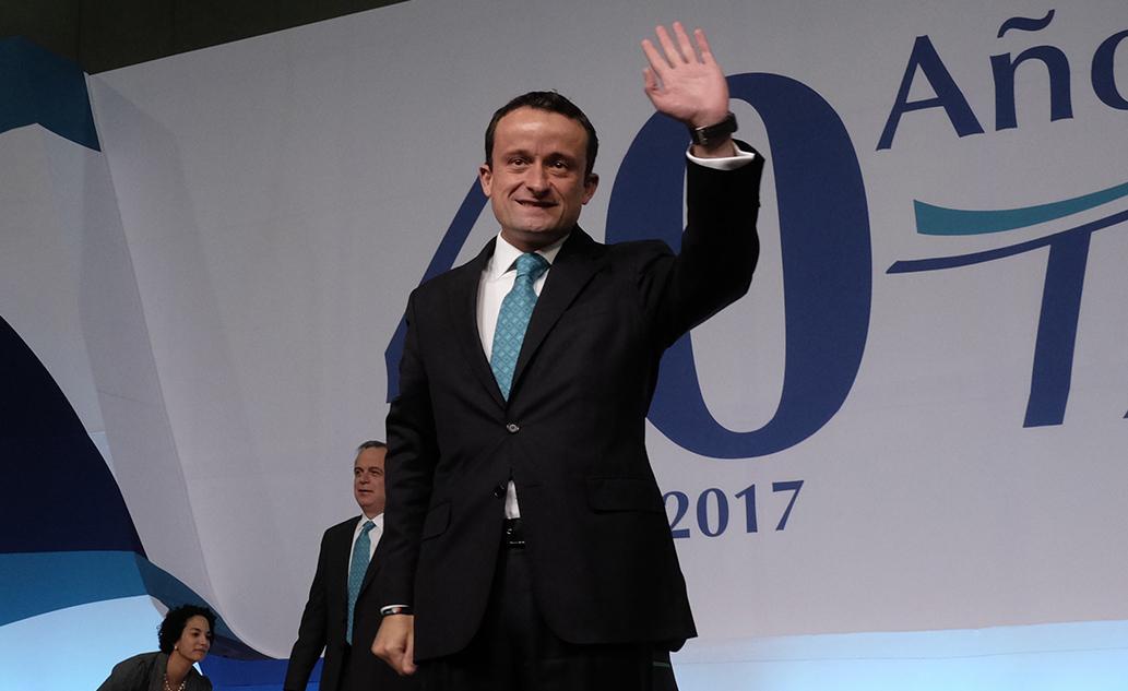 Mikel Arriola deja el IMSS para buscar candidatura por la CDMX