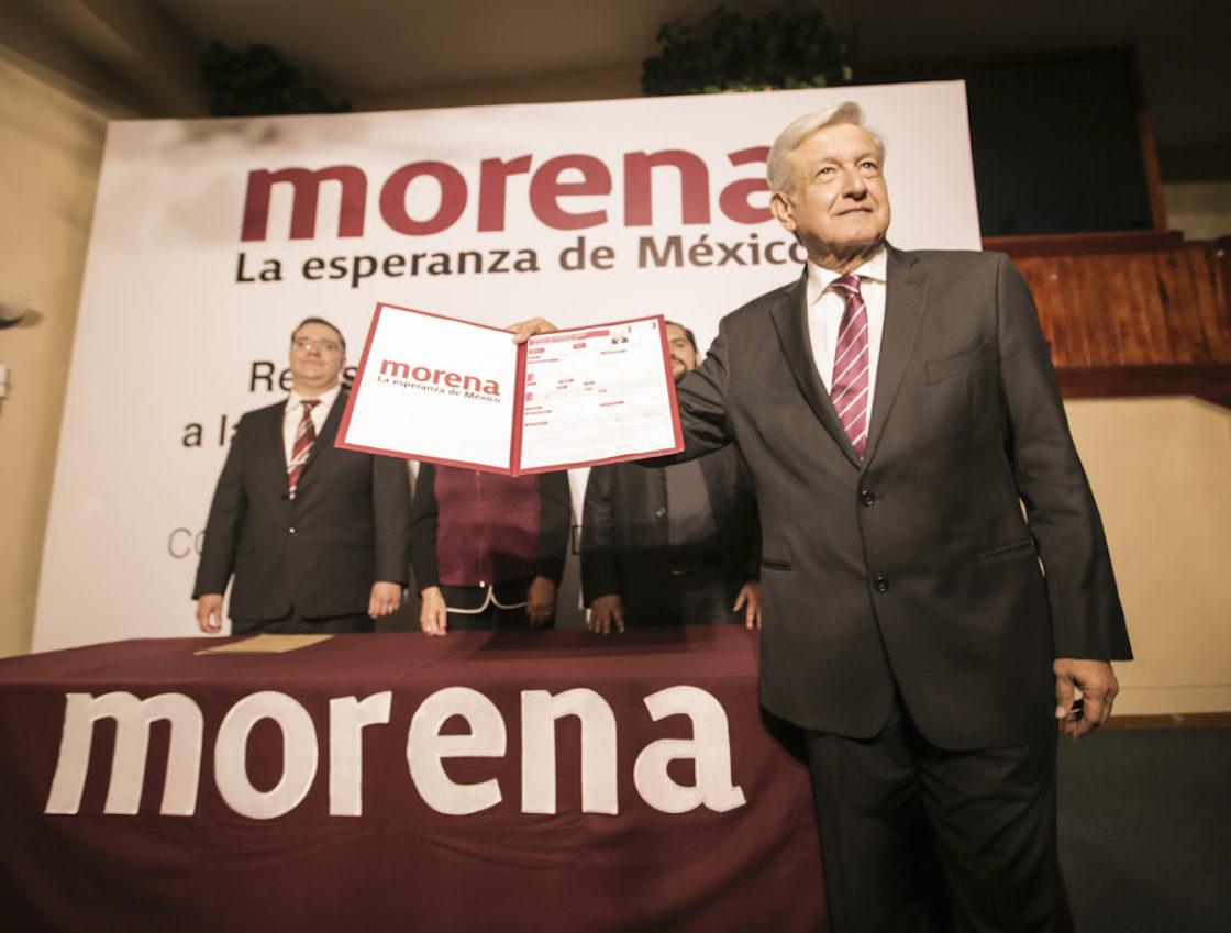Andrés Manuel López Obrador se registra como precandidato independiente ¡