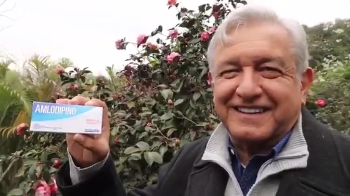 Andrés Manuel López Obrador, precandidato presidencial de Morena