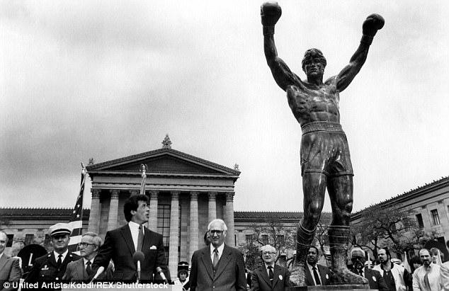 Estatua rocky en Philadelphia