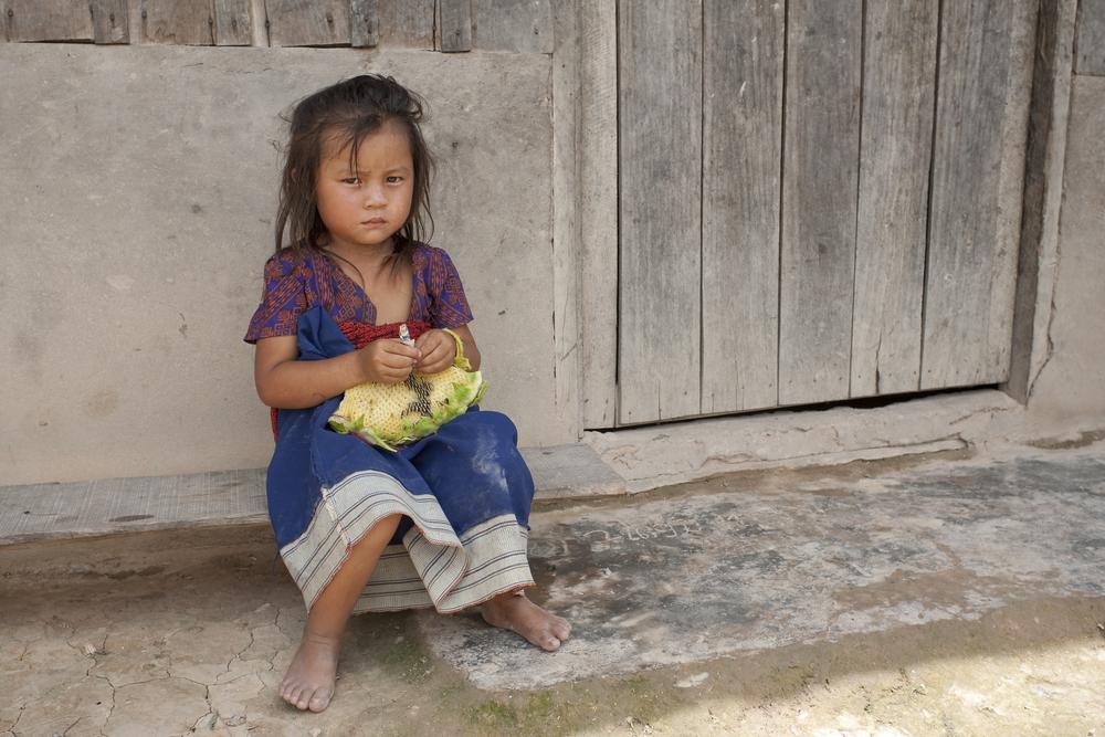 Niña en situación de pobreza