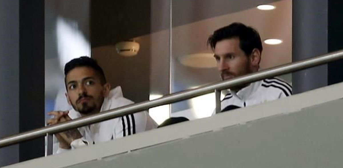 Messi en la tribuna