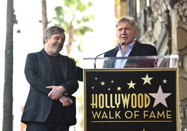 mark hamill recibió su estrella en el paseo de la fama