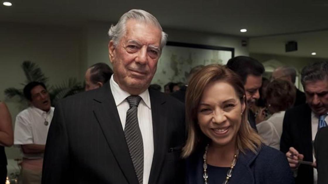 Josefina Vázquez Mota y el escritor Mario Vargas Llosa