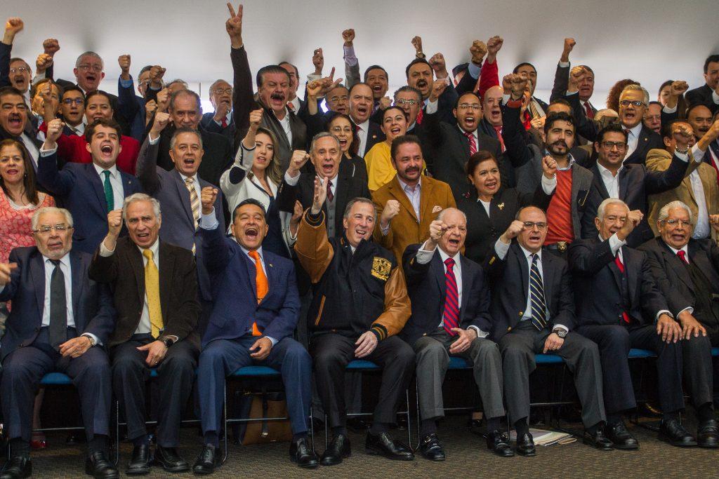 Reunión del director de la Facultad de Derecho/UNAM, Raúl Contreras, con el candidato presidencial del PRI, José Antonio Meade