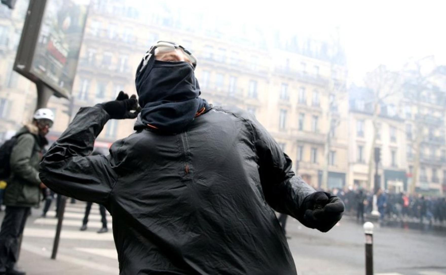 protestas en Francia contra Macron jueves negro