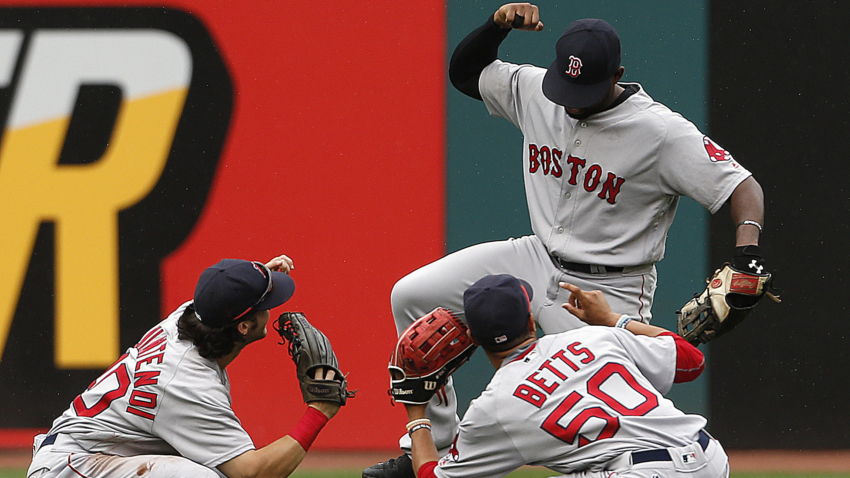Boston-Red-Sox-Win-Dance-Repeat-MLB