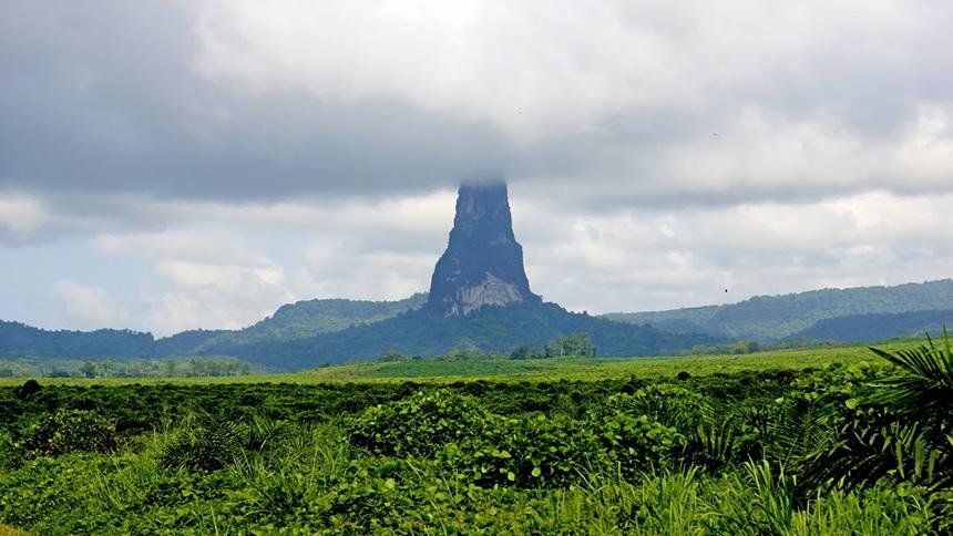 Santo Tomé y Príncipe cerro