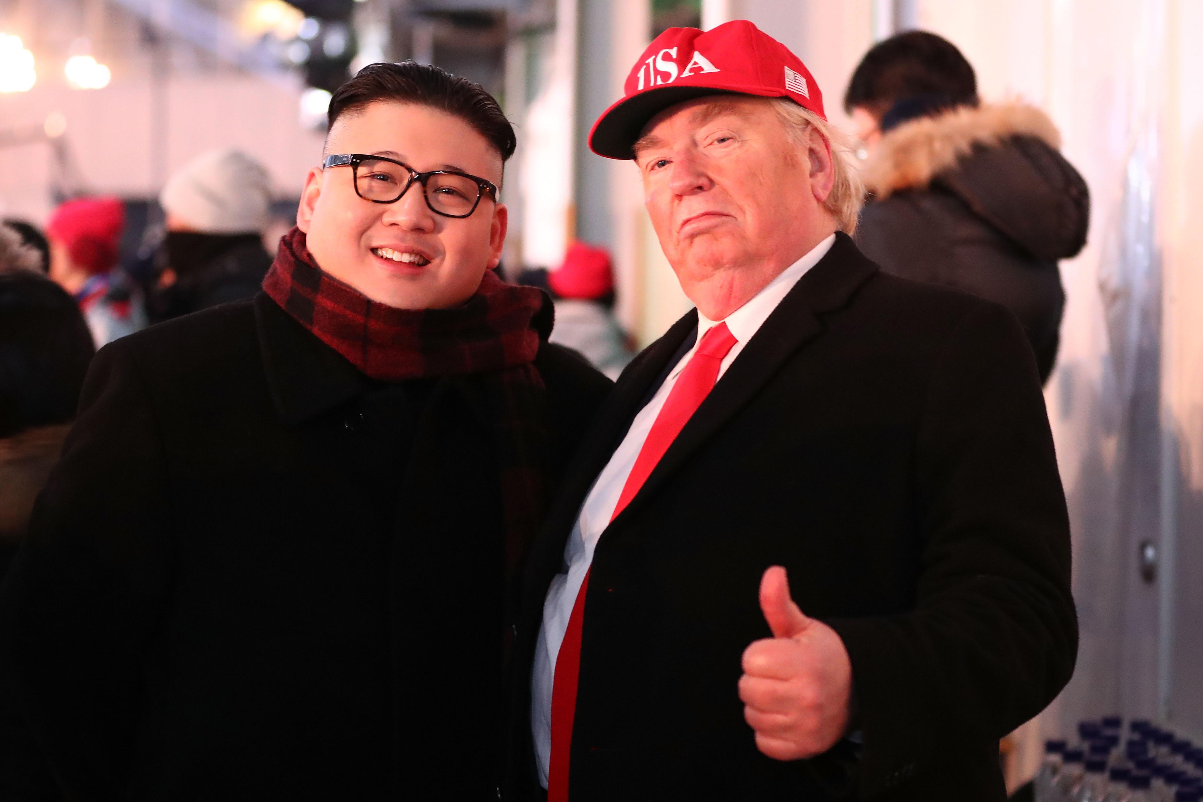 Trump y Kim, caracterizaciones de los mandatarios en los Juegos Olímpicos de Invierno