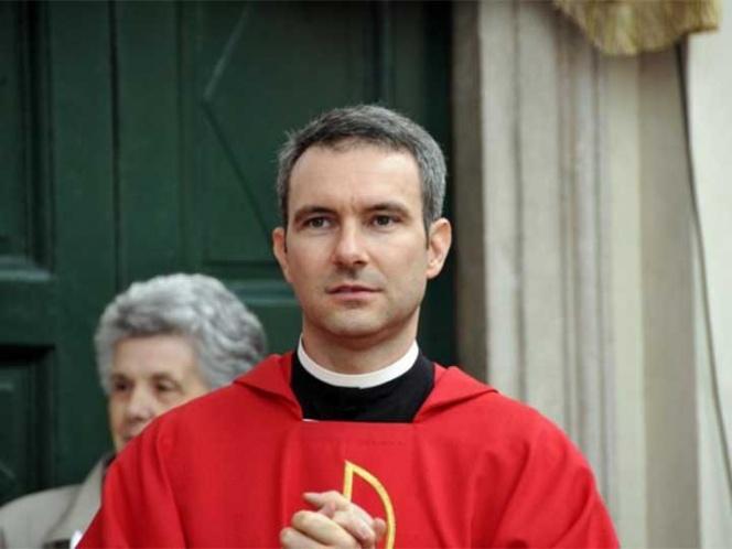 Es detenido en el Vaticano un sacerdote acusado de poseer pornografía infantil