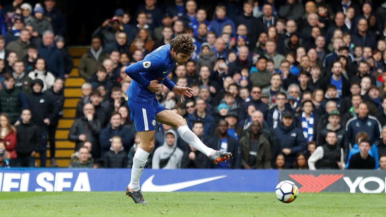 Marcos-Alonso-Chelsea-Tottenham-Premier-League