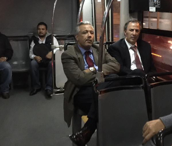 Meade en el metrobús