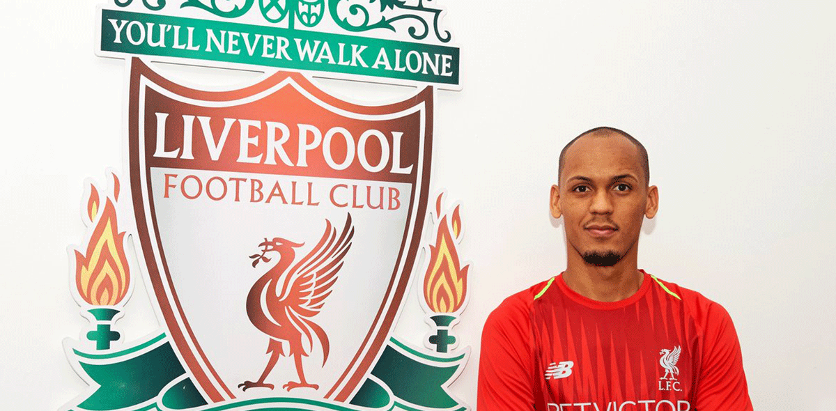 Liverpool presentó a su primer refuerzo