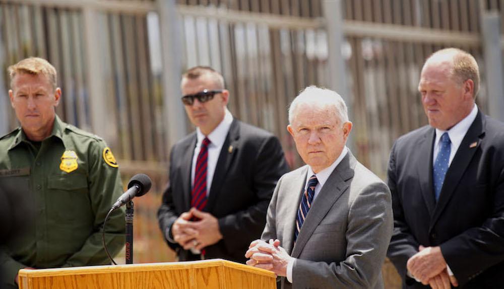 Jeff Sessions muro frontera Estados Unidos México