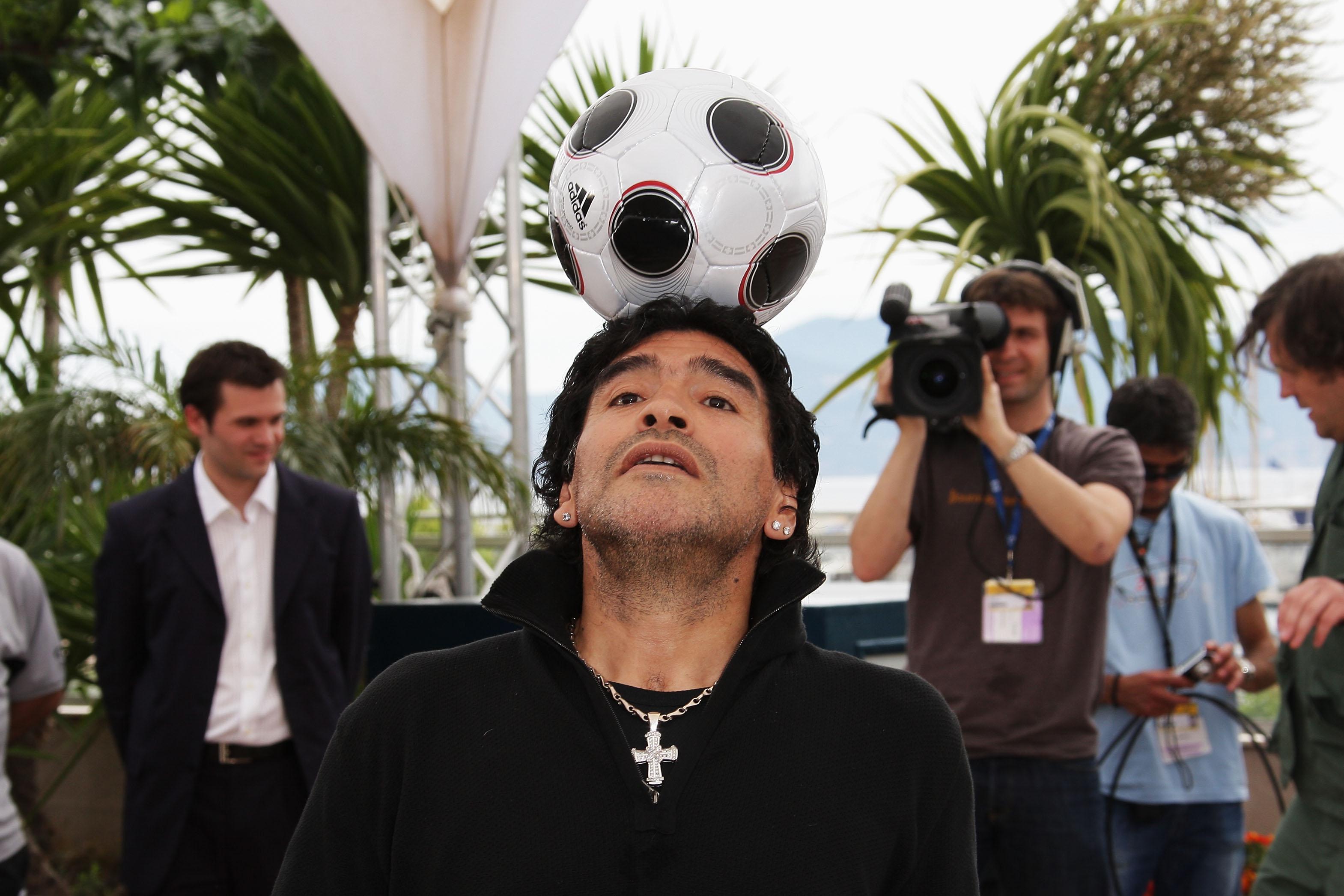 Harán serie de Maradona