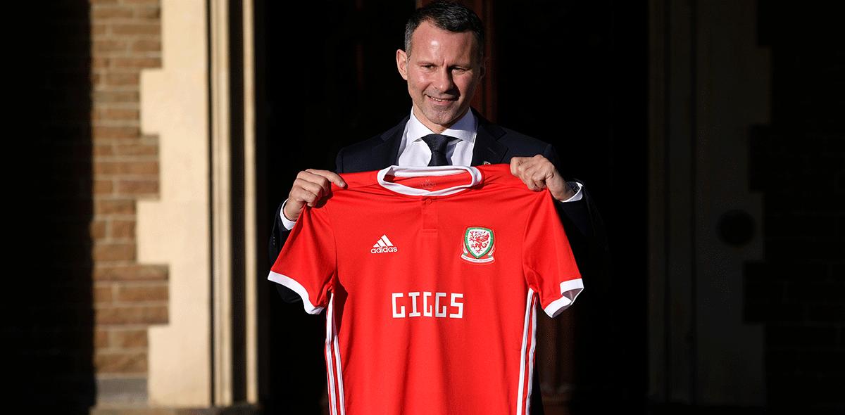 Ryan Giggs es técnico de Gales