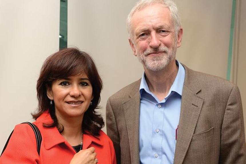 Jeremy Corbyn y Laura Álvarez